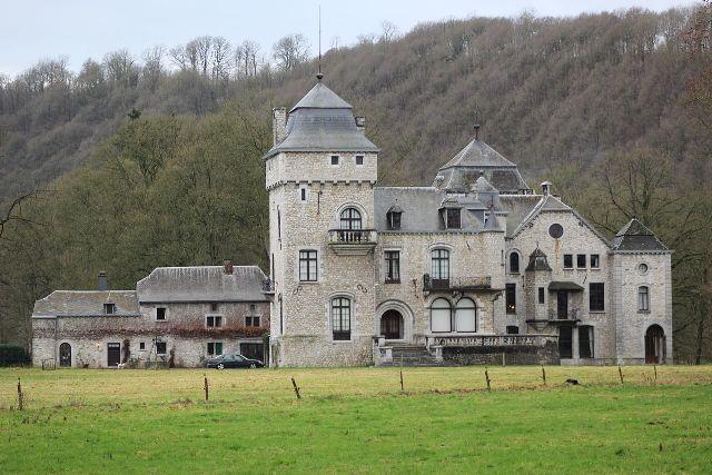 Lassus Castle