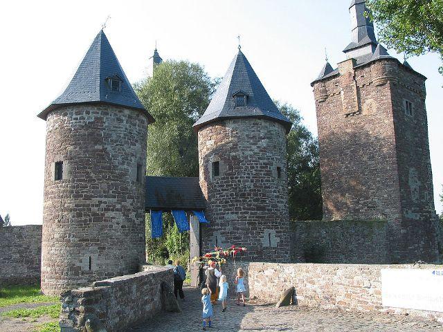 Sombreffe Castle