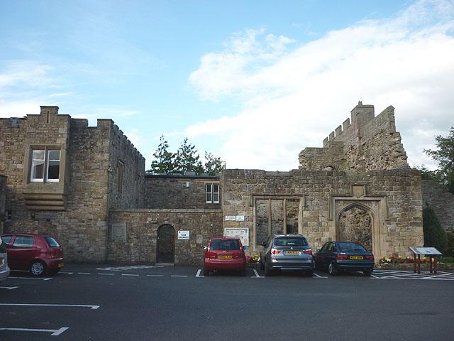 Blenkinsopp Castle