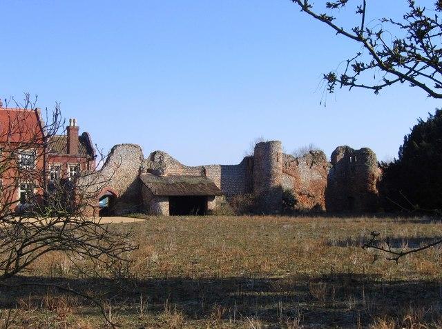 Claxton Castle