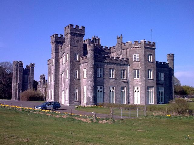 Knockdrin Castle