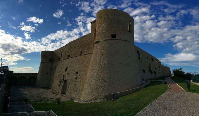 Castello aragonese (Ortona)