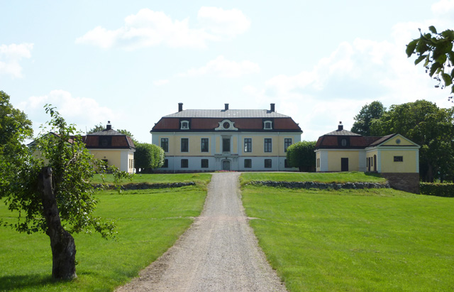 Heby Castle