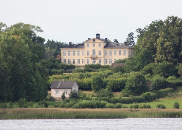 Ostana Castle